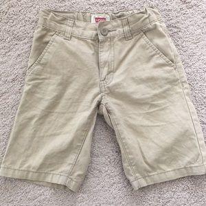 Levi's boys Khaki shorts size 7